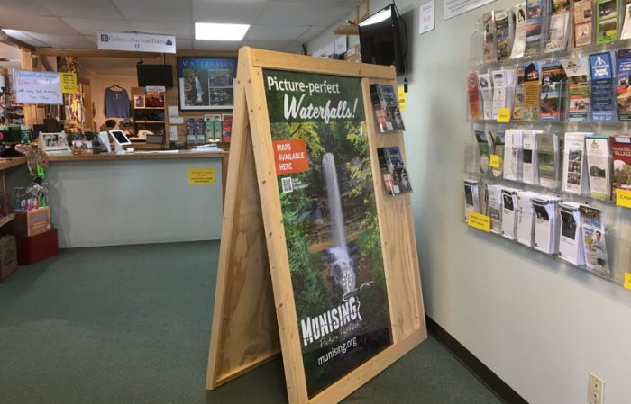 Munising Grand Marais visitor center