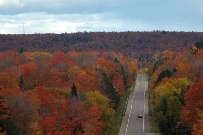 fall color drive Munising
